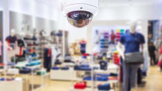 Descubre cómo proteger tu negocio ante los robos