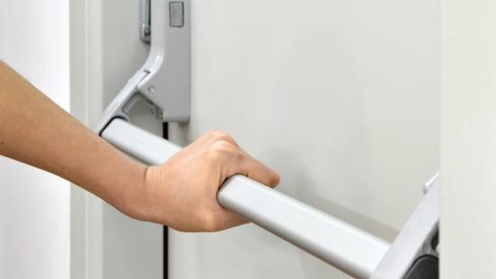 Nociones básicas sobre las puertas cortafuegos