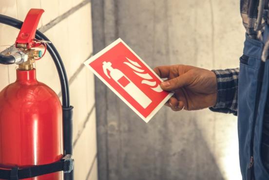 ¿Cada cuánto tiempo hay que realizar un mantenimiento contra incendios?